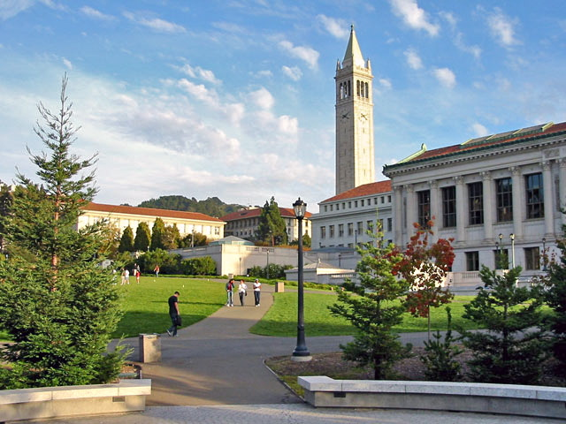 SAT 와 ACT 점수 제출 면제를 시도하는 캘리포니아 대학교 시스템
