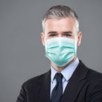 텍사스 주지사, 대부분의 주민들 공공장소에서 마스크 착용 명령