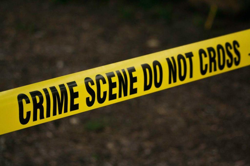 댈러스 경찰, 16세 소년 새벽 집 문 노크에 답하면서 총격당해