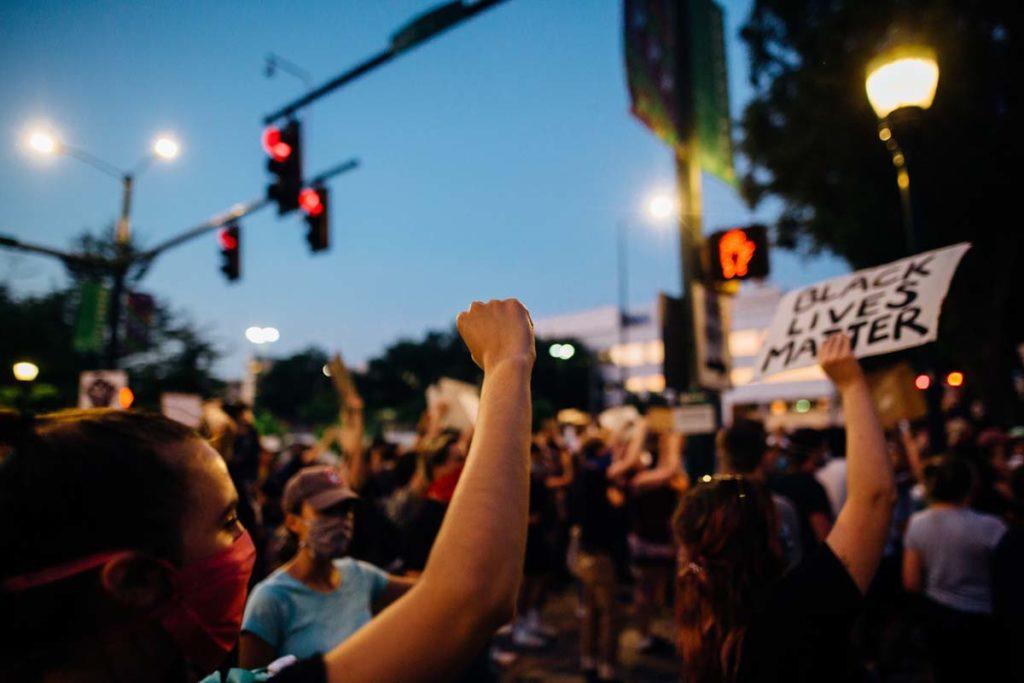 미국 전역에서 발생하고 있는 시위
