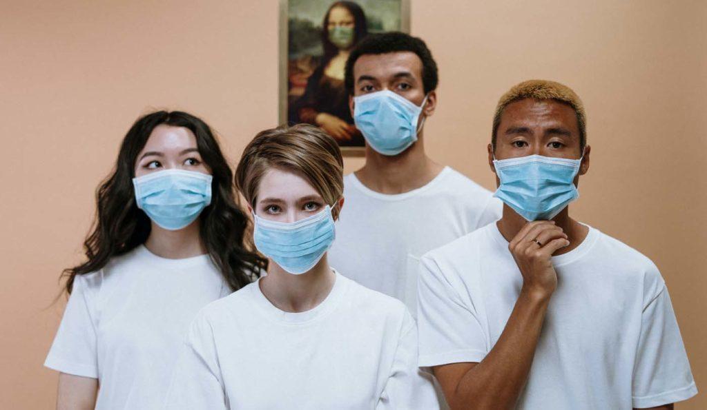 미 CDC, 두 겹의 마스크 착용이 바이러스 차단에 더 효과적