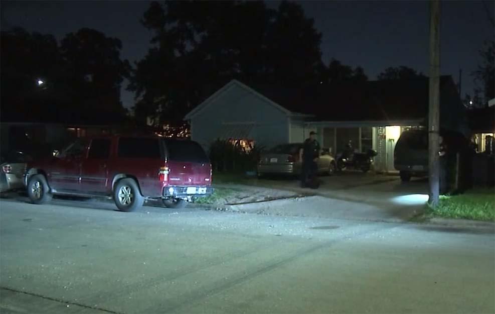 도로 분노 총격 가하려던 아빠의 실수로 총 맞은 9세 소년