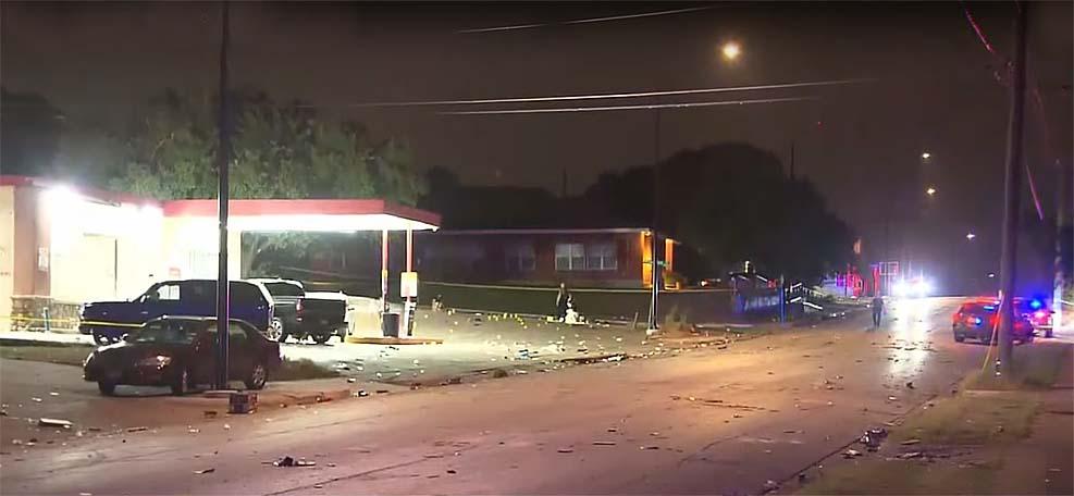 텍사스 포스 워스 세차장 근처 총격으로 8명 부상