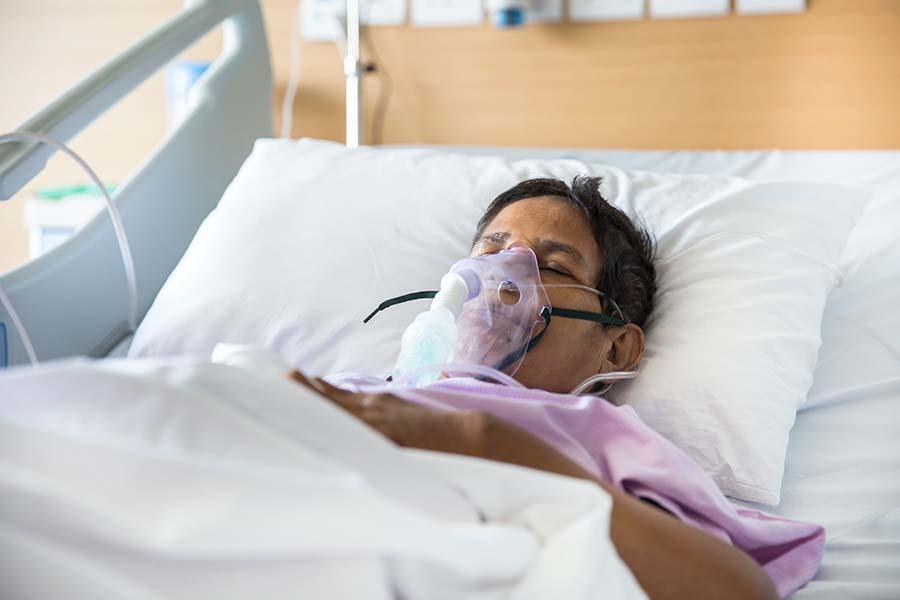 코로나19 입원 급증으로 미주리 주 병원들, 인공 호흡기 부족