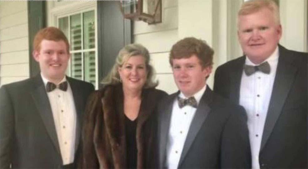 아들이 생명보험 1천만 달러 받도록 살인 자작극 벌인 유명 변호사