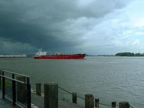 Tanker IVER SPRING on Mississippi River in New Orleans